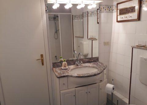 bathroom cheerful