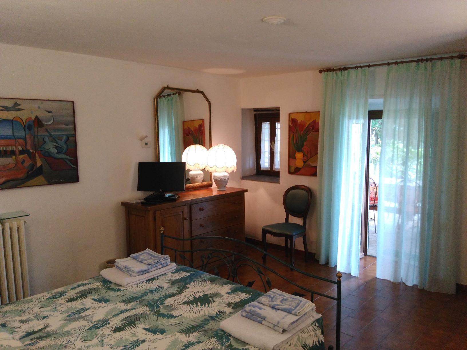 chambre double au rez-de-chaussée côté sud