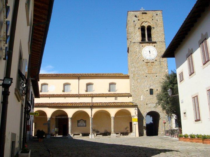 der Platz von Montevettolini