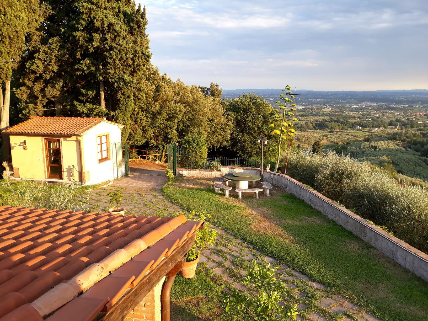panorama dal balcone lato ovest